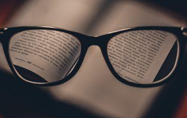 Como limpar os óculos da maneira correta?