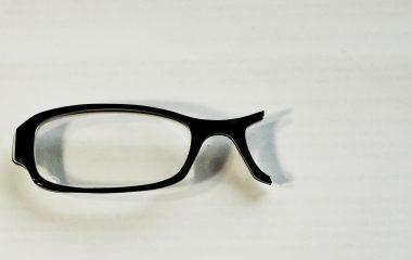 Óculos quebrado e agora?